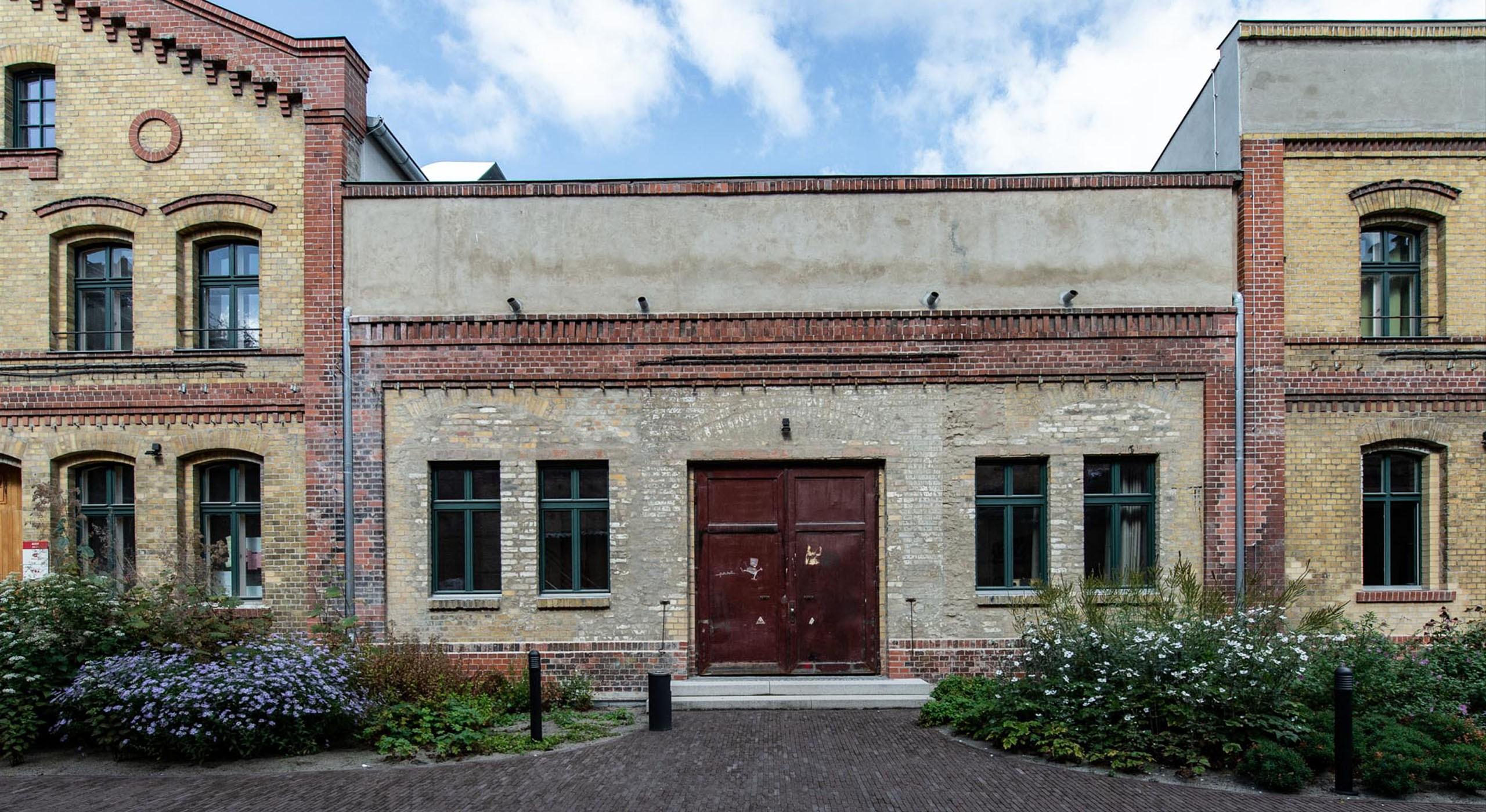 Außenansicht der ehemaligen Bötzow-Brauerei Berlin nach Sanierung © Bernd Blumrich