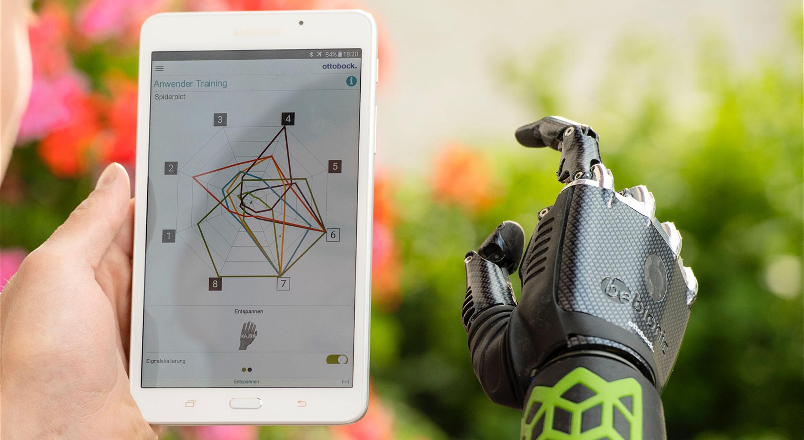 MySkinMyo - Bewegungssteuerung per App, Tablet und Hand