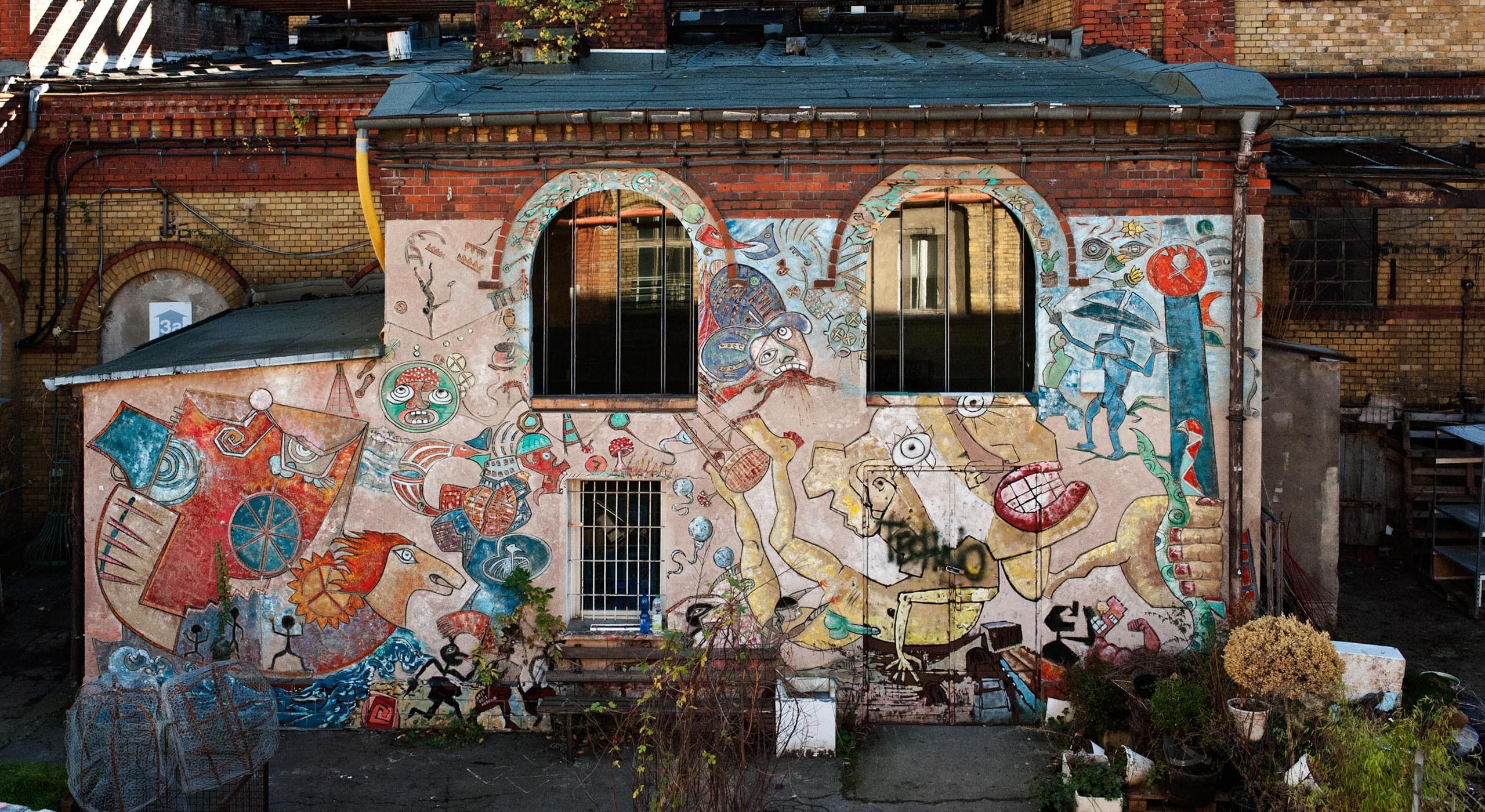Außenfassader der Bötzow-Brauerei Berlin, Graffiti