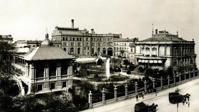 Gesamtansicht der Bötzow Brauerei, um 1900