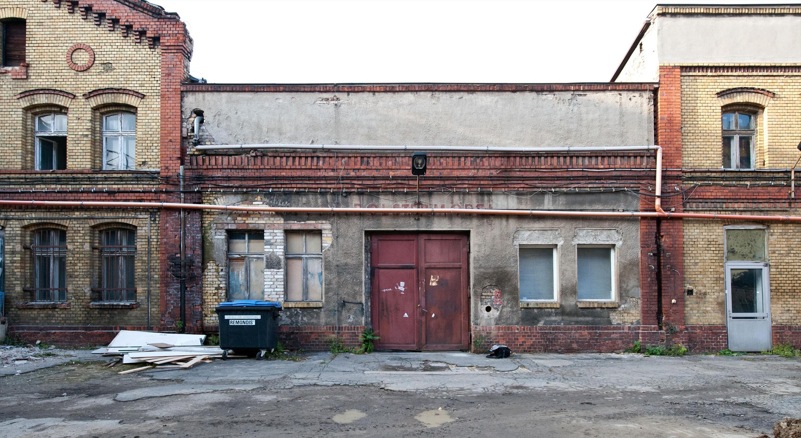 Außenansicht der ehemaligen Bötzow-Brauerei Berlin vor Sanierung © Bernd Blumrich