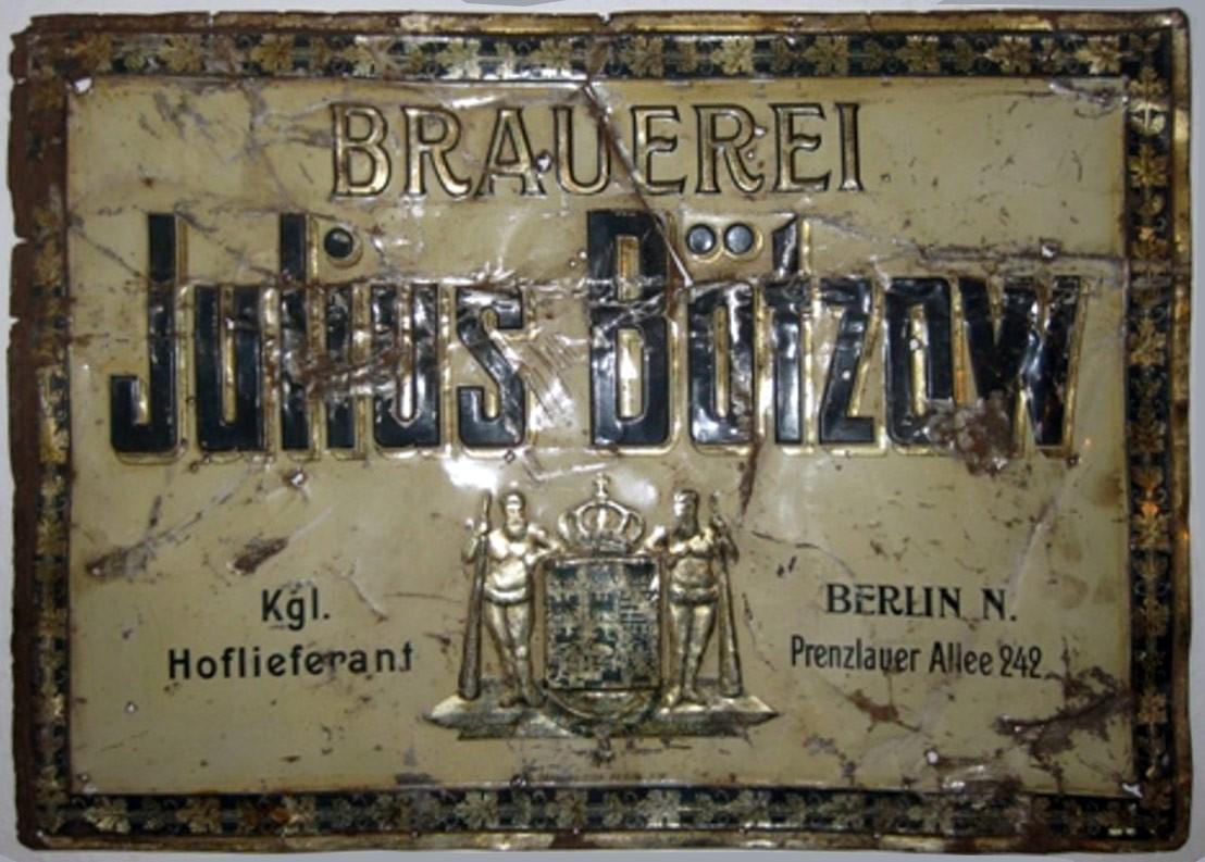 Blechschild der Bötzow Brauerei, um 1900